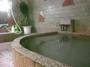滑りにくい石を使用しており、お年寄りの方も安心してご入浴いただけます。◆貸切できます◆