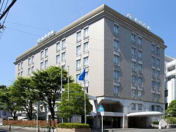 パールホテル全景