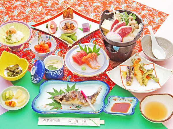 *【お夕食一例】旬の山の恵みを贅沢に用いた創作会席をお楽しみください。