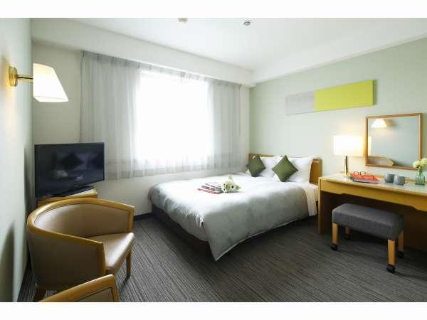 ご夫婦・カップルでのご利用に人気。心からリラックスしていただけるゆったりとしたお部屋です。