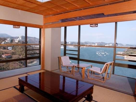 鳥羽湾を一望できる、パノラマ展望特別和室