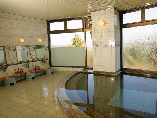 三重の名湯「榊原温泉の湯」驚異のPH9.5アルカリ単純温泉。美肌・温浴効果抜群のお湯