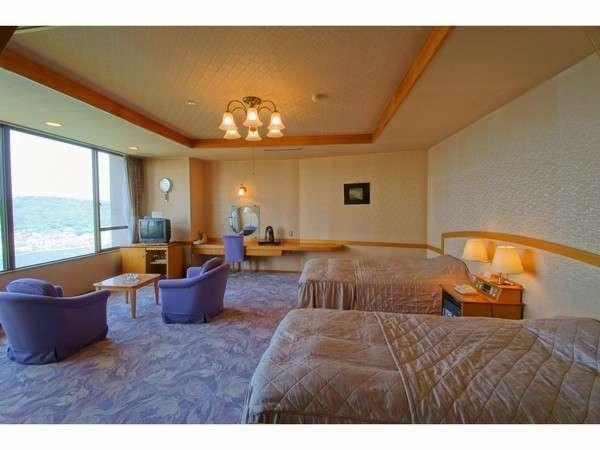 人気の高いデラックスツイン(1部屋限定)~階段利用の3階ですが、鳥羽湾を一望する眺望は抜群です♪~