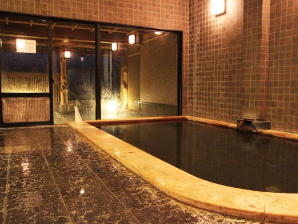 @【温泉】当館自慢の天然ラジウム温泉。入浴後はカラダがポカポカ温まるとのお声も♪