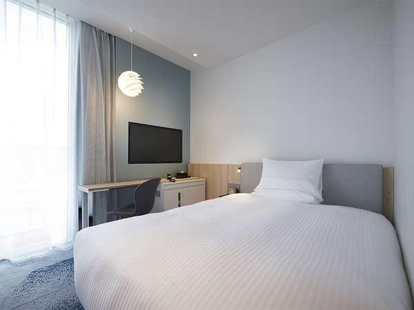 【客室】スーペリア・部屋広さ…17㎡・宿泊人数…1~2名・ベッド幅…140cm