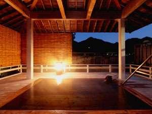 【露天風呂】他の人に気兼ねなく、上牧温泉をお楽しみください♪