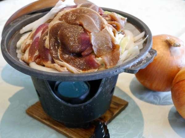 【夕食】◆ジンギスカン◆日替わりでラム・豚・鹿の内、2種類をお楽しみいただけます(イメージ)