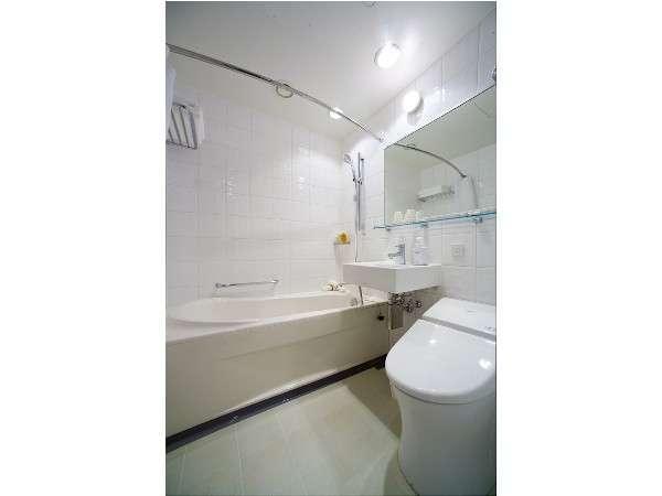 ダブル バスルーム(ユニットバス)全室入浴剤をご用意しております。