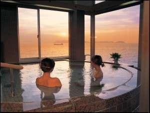 友ヶ島、淡路島まで見渡せる大浴場