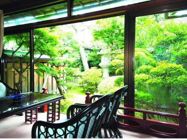 離れ松風庵一例 【松月】日本建築ならではの重厚な作りとなっており、優雅なお時間を・・・