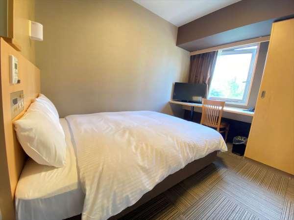 ◆ダブルルーム 16㎡ サータ製ベッド(1400×1950)