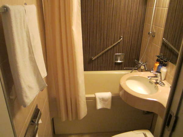 バスルームは全室バスタブ付きのユニットバスです