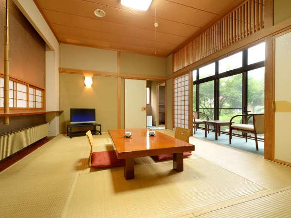 *【部屋/和室11畳】シングルユースからファミリーまで幅広いお客様にご利用いただけるお部屋です。