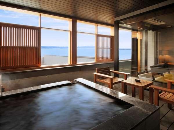目の前に広がる雄大な海を観ながら心も身体も優雅な気分に・・【客室露天風呂・一例】