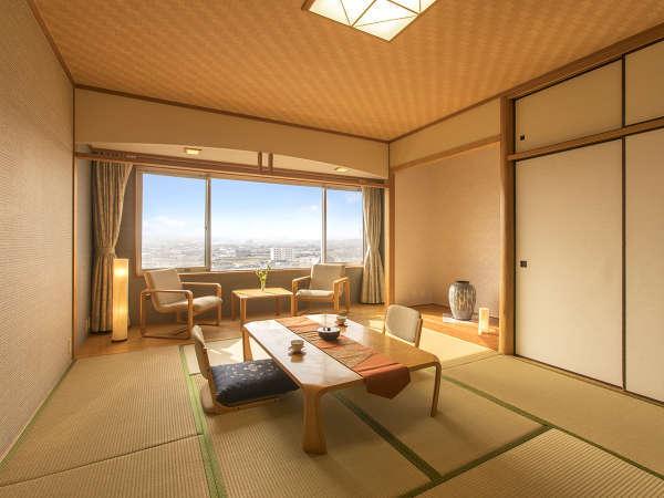 ◆和室10帖◆畳の香りが優しく、裸足でゆったりゴロゴロできるのんびり空間。