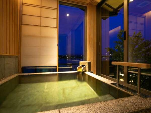 水の音 展望温泉風呂