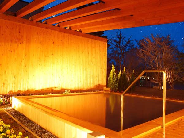 系列のホテルの露天風呂