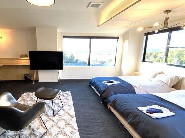 【本館201号室】インテリアにもこだわった洋室14畳のお部屋