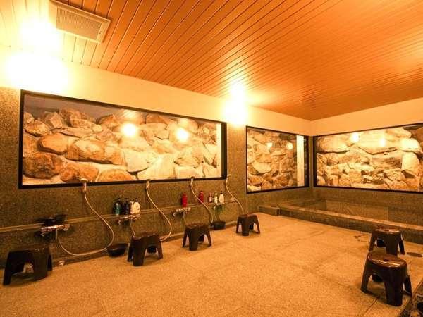 日本三大銘石『真壁の御影石』で仕上げた大浴場
