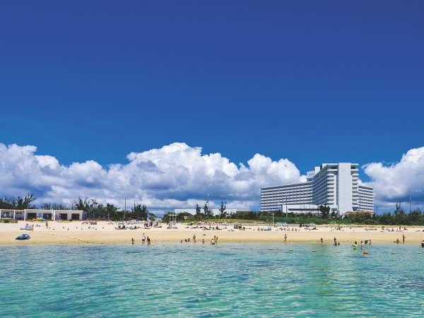 ホテル外観(イメージ)沖縄の綺麗な海が目の前に広がる