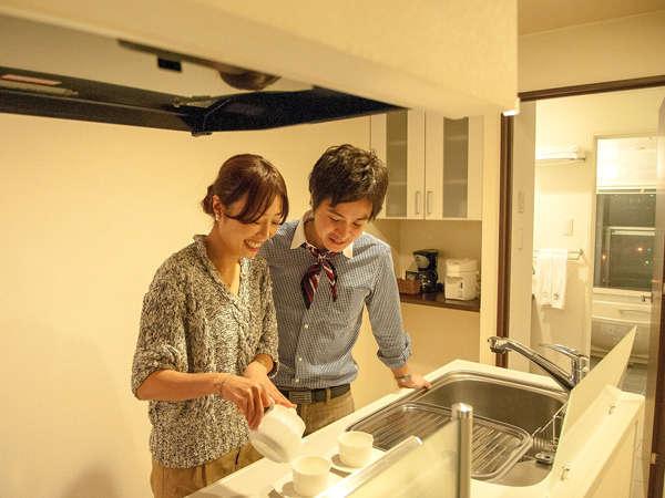 全室リビング・キッチン・ビューバス・バルコニー付のコンドミニアム型リゾートホテル