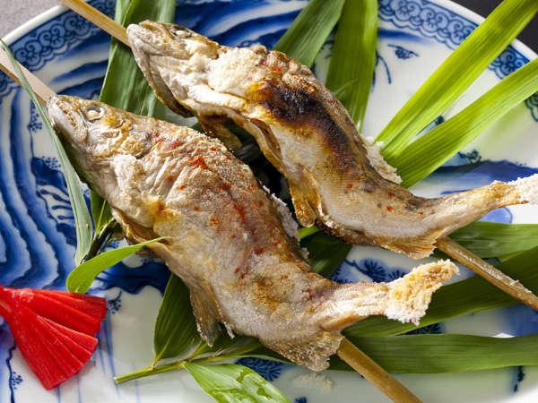 【あまご塩焼き】お食事時間に合わせて焼き上げます!熱々ホクホクの美味しさを楽しんでください。