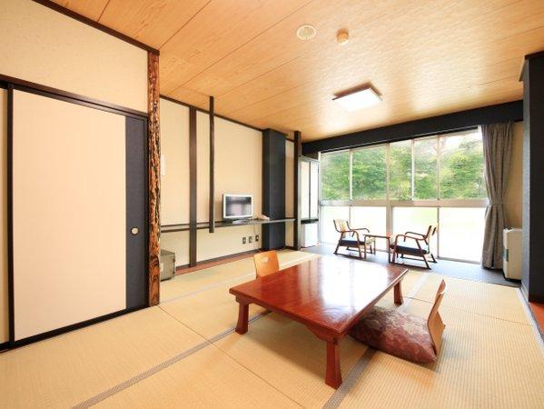 2階 リニューアル部屋(青)客室1