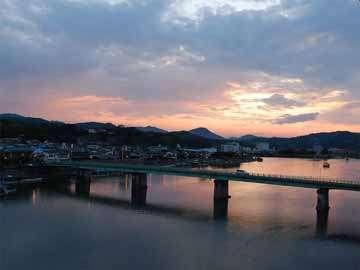 三隅川の景色を眺めながら…ほっと落ち着く一時♪