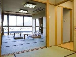 和室12畳長良川を一望