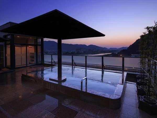 【長良川温泉 ホテルパーク】金華山と長良川の絶景を望む露天風呂の宿 長良川温泉ホテルパーク