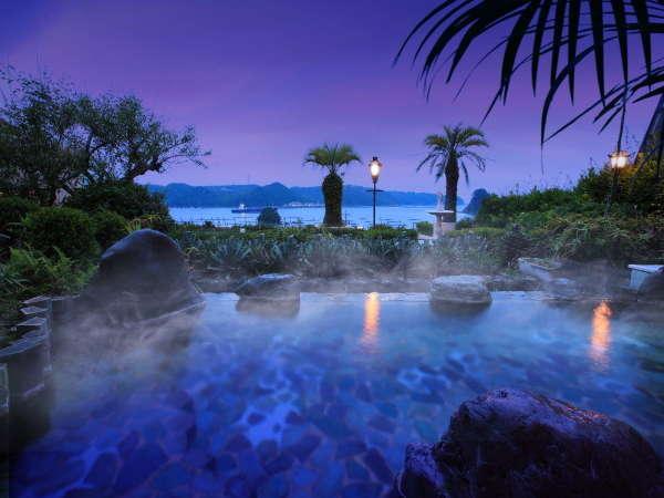 ■大浴場:露天風呂■月と星を眺めながら、上質の湯贅を♪