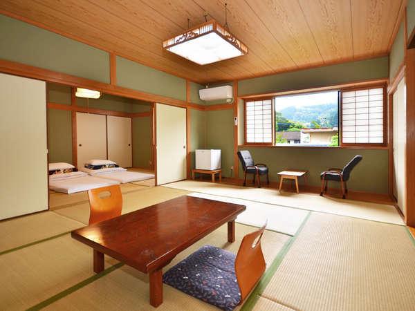 【東雲(しののめ)】2間続き20畳の広くゆったりした和室で、グループさんにオススメ。