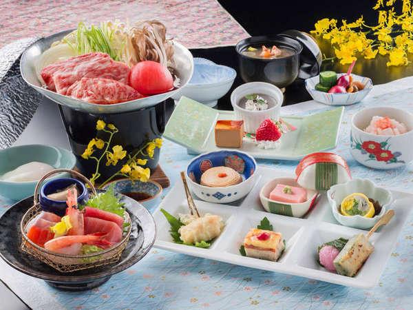 栃木県産牛もも肉のトマトすき鍋がメインのレストラン食(一例)