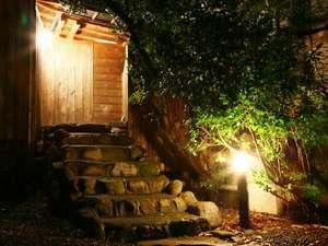 天然温泉の貸切露天風呂入口