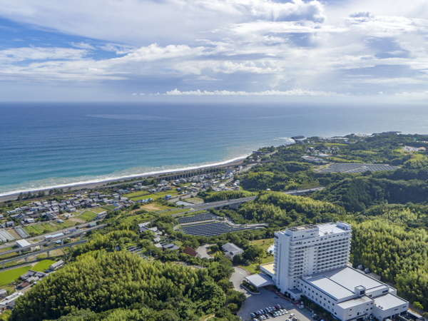 【ロイヤルホテル 土佐 -DAIWA ROYAL HOTEL-】空港よりお車約25分♪美しい太平洋とよさこい温泉露天風呂が自慢!