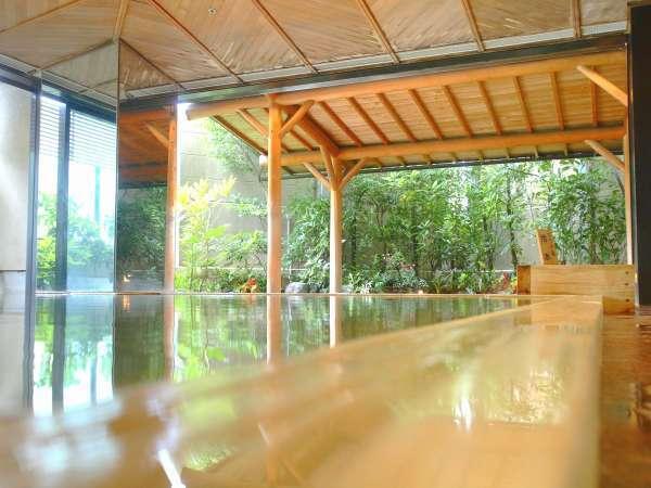 【総檜風呂】まるで湯船すべてが化粧水!総檜のお風呂は白石家だけ♪美肌温泉を満喫して下さい!