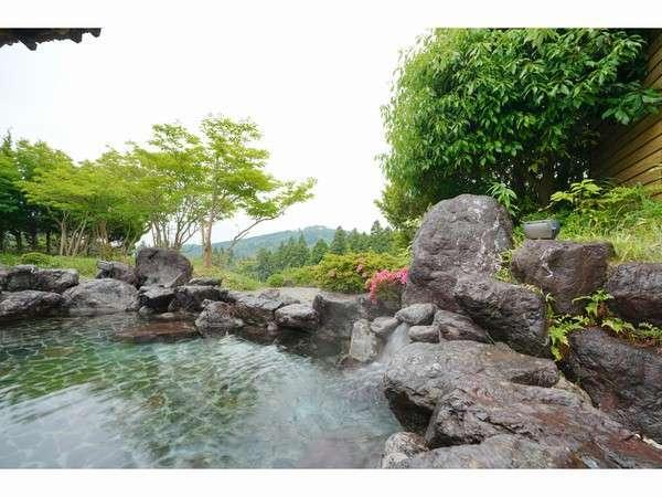 霧生温泉「雅の湯」露天風呂
