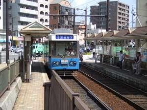 長崎市内を走る路面電車