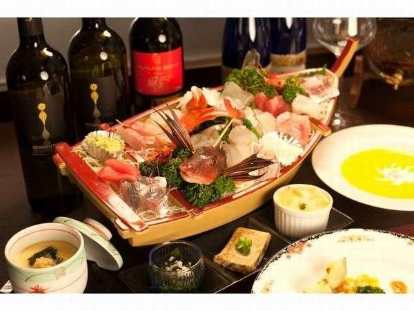 真鶴港で揚がった朝獲れ鮮魚のお刺身をお召し上がりください