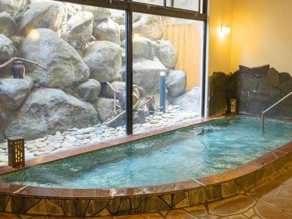 【大浴場】のんびりとお湯に浸かり日頃の疲れを癒してください