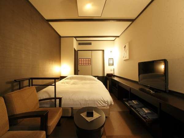 【客室】「和風ダブル」21.6㎡。ゆっくりお過ごし頂けます/21.6㎡ with 1 Queen Bed