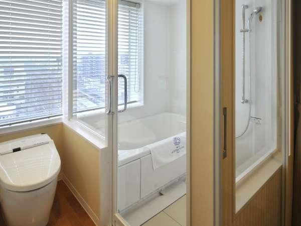 新館★ビューバスタイプのバスルームはお風呂から外の眺めを楽しんで♪