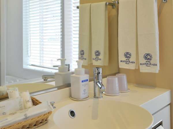 新館★ビューバスタイプのお部屋の洗面台は白を基調にした清楚なつくり☆