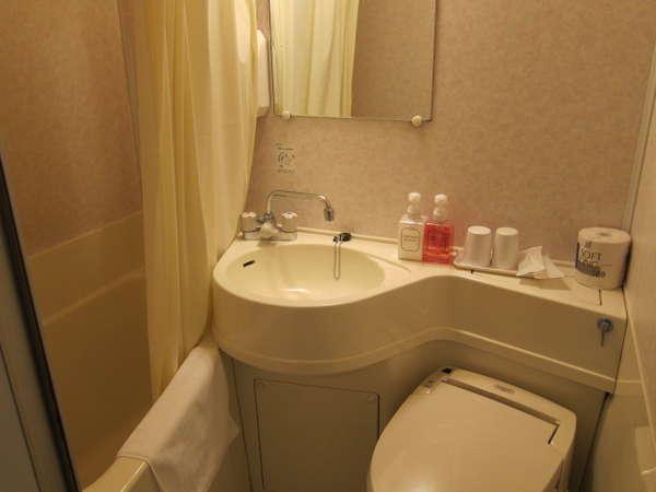 ツイン・ダブルルーム浴室 一例