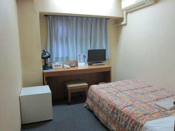 ベッド幅は110cmです♪(シングルルーム1例)