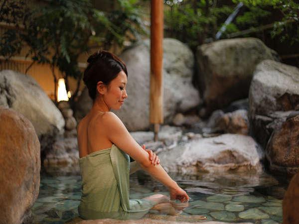 「水風」の露天風呂(朝夕で男女入れ替え)