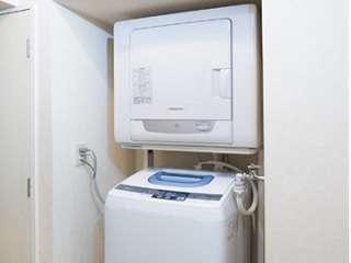 全客室に乾燥機付洗濯機完備。