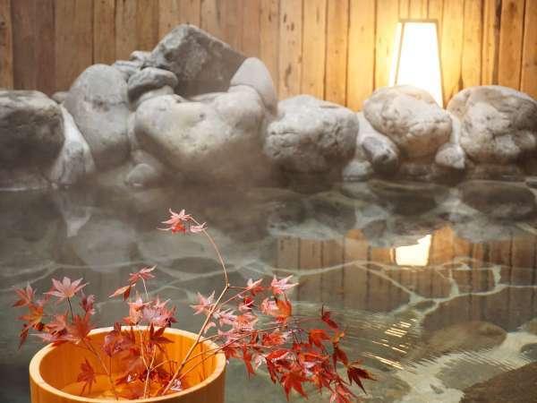 岩風呂「桂花の湯」3名でもゆったりくつろげる家族風呂