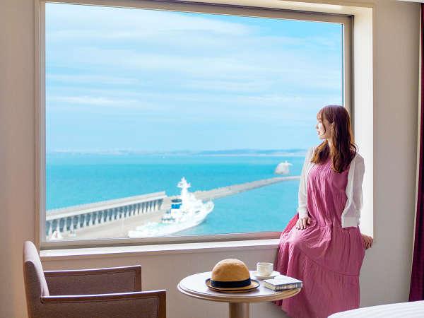 ■滞在イメージ(海側客室)■大きな窓から臨む最北の絶景。天気の良い日にはサハリンの島影が見えることも