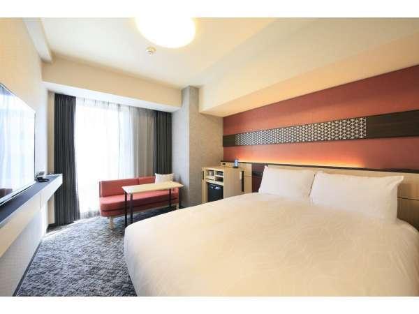 モデレートルーム<赤>2~4階■広さ17㎡・140cm×200cmベッド1台のお部屋です♪